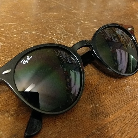 a7728dc63a496 Ray-Ban RB2180 601 71 Round Sunglasses 49
